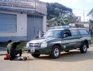 gendarmeria camioneta