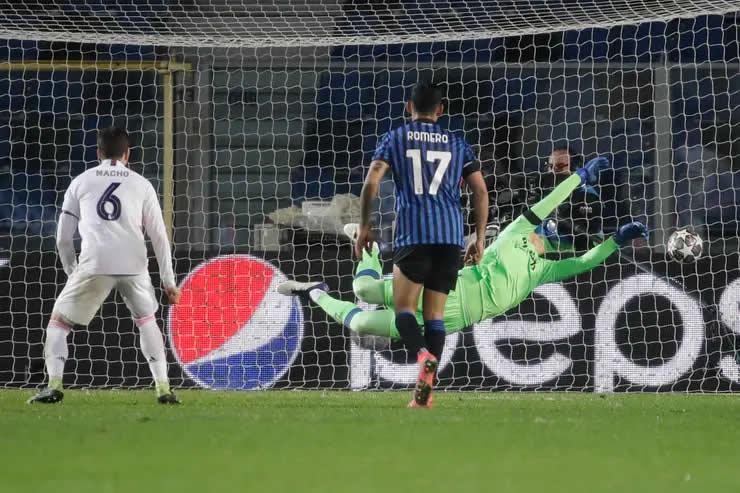 Atalanta – Real Madrid: un derechazo del zurdo Mendy hizo festejar a la Casa Blanca en Italia por la Champions League